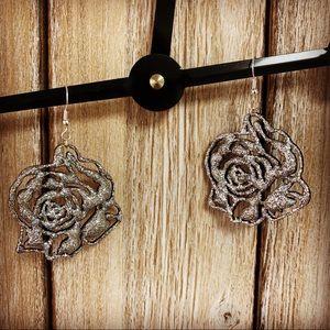 Glitter rose earrings